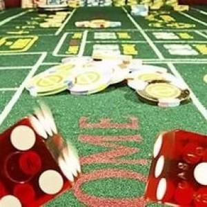 Стол казино Крэпс (Кости)